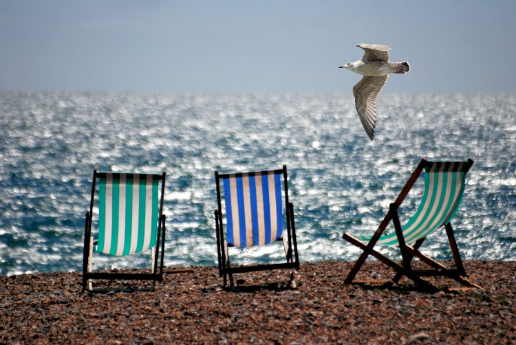 Peste 100 de hoteluri de pe litoral așteaptă turiștii