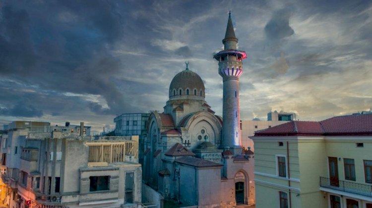Credincioşii musulmani celebrează, începând de astăzi, timp de trei zile, Ramazan Bayramul