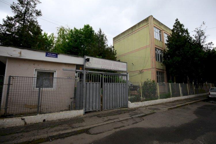 Decebal Făgădău a semnat contractul de finanțare