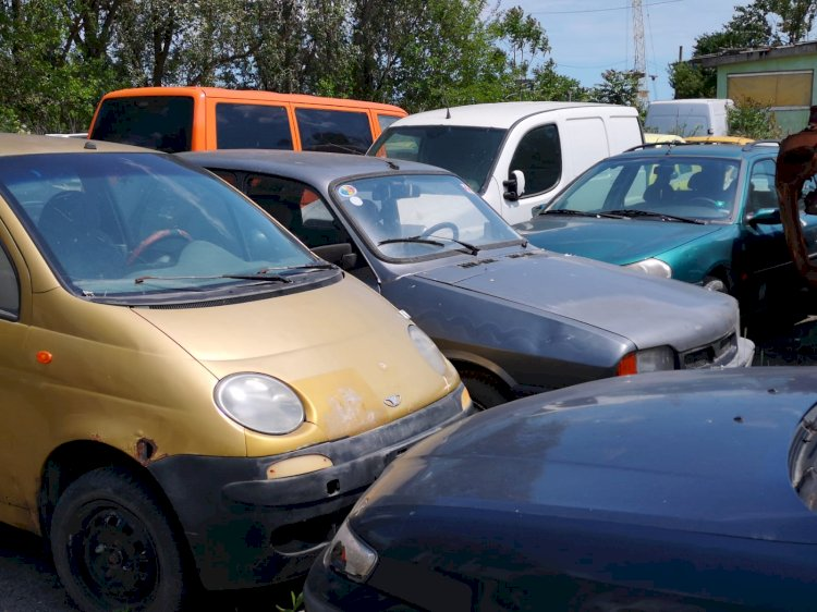 Licitație vehicule abandonate