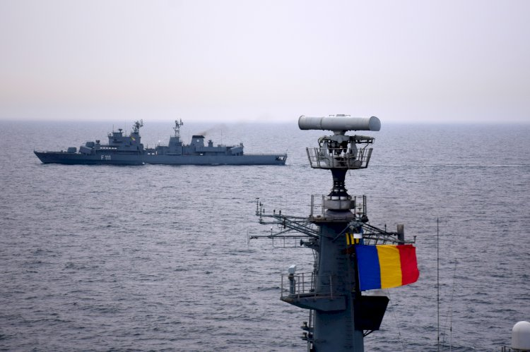 Peste 800 de Marinari Militari Români se instruiesc în Marea Neagră