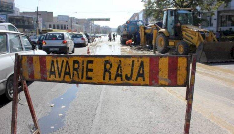 Trafic restricționat pe primele două benzi de circulație pe str. Soveja din cauza unei avarii RAJA