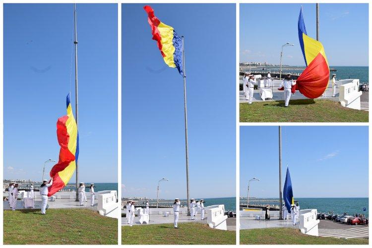 Ziua Drapelului Național marcată de marinarii militari