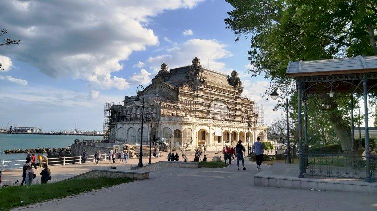 Faleza Cazinoului din Constanța devine mai atractivă