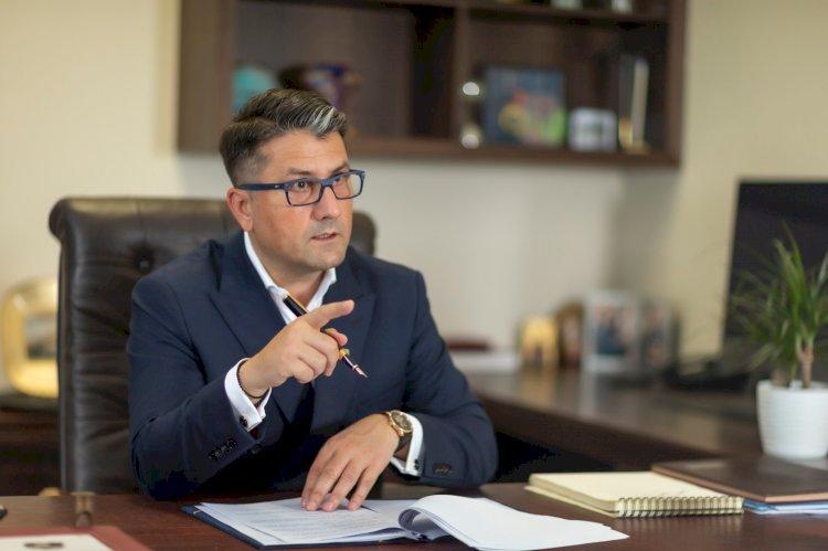 Declaratia Primarului Decebal Fagadau despre testarea gratuita a cadrelor didactice