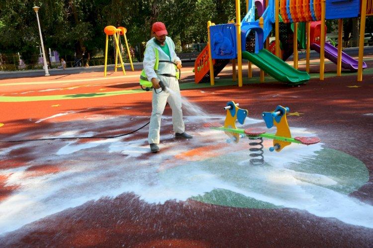 Locurile de joacă sunt dezinfectate zilnic în Constanța