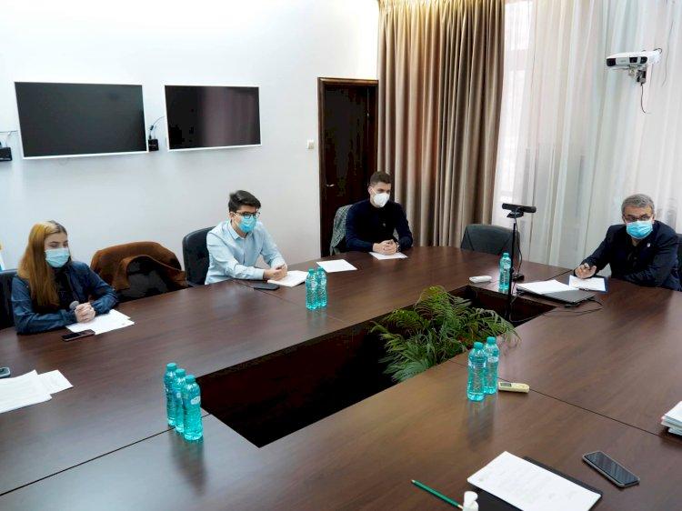 Vergil Chițac: Până la finalul anului, vom găsi soluții bugetare pentru plata tuturor burselor