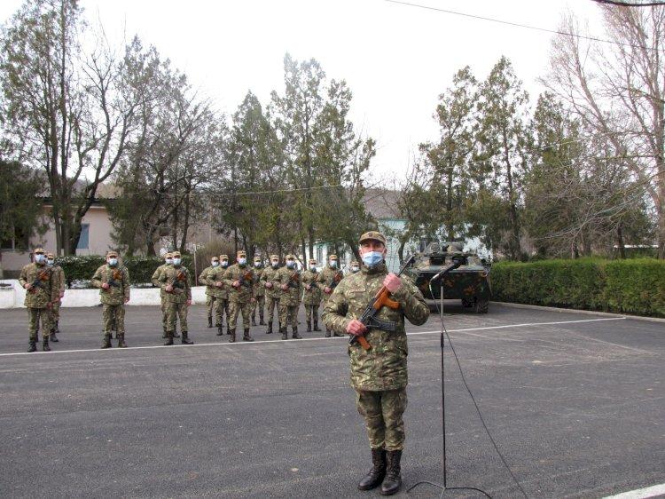 O serie nouă de infanteriști marini a depus jurământul militar