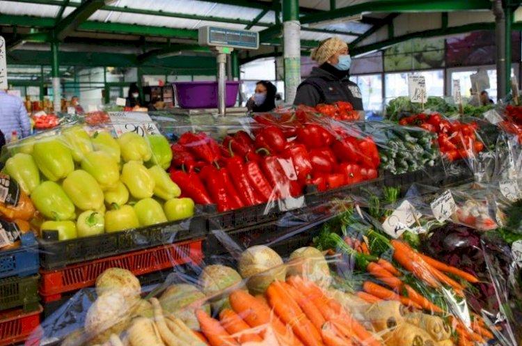 Pieţele agroalimentare îşi modifică programul de funcţionare