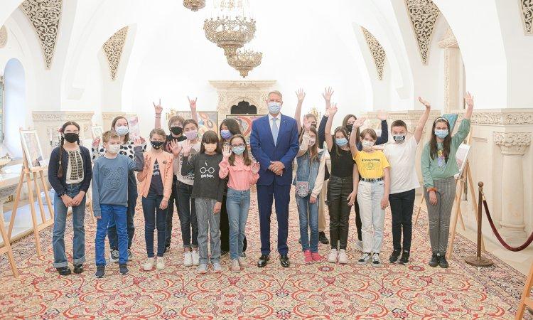 Preşedintele Klaus Iohannis a participat la deschiderea concursului Cotroceni Creativ Junior