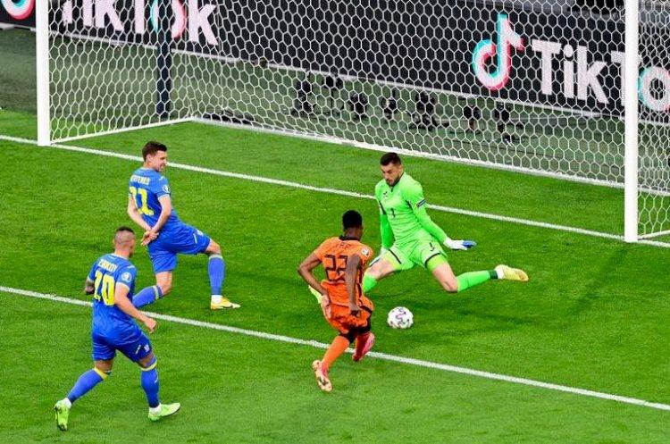 Victorie spectaculoasă a Olandei, 3-2 cu Ucraina