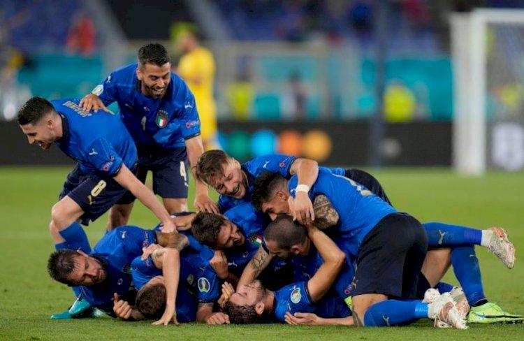 Italia s-a impus cu 3-0 în faţa Elveţiei. Italienii se califică în optimile de finală la EURO