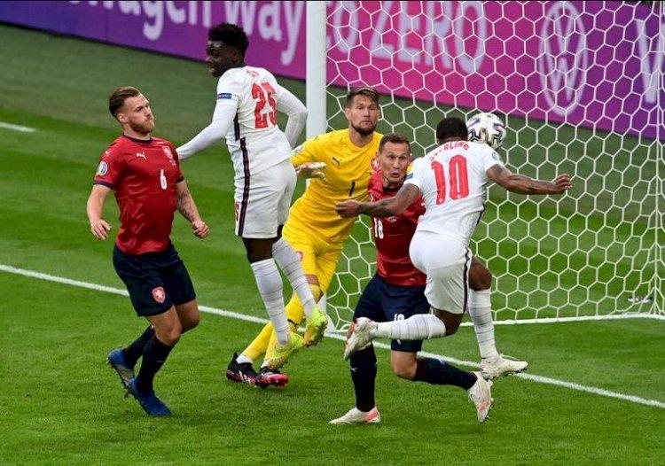Anglia a învins Cehia, scor1-0, şi a câştigat Grupa D